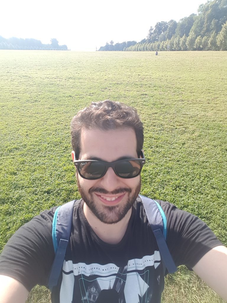 community manager en france et en suisse